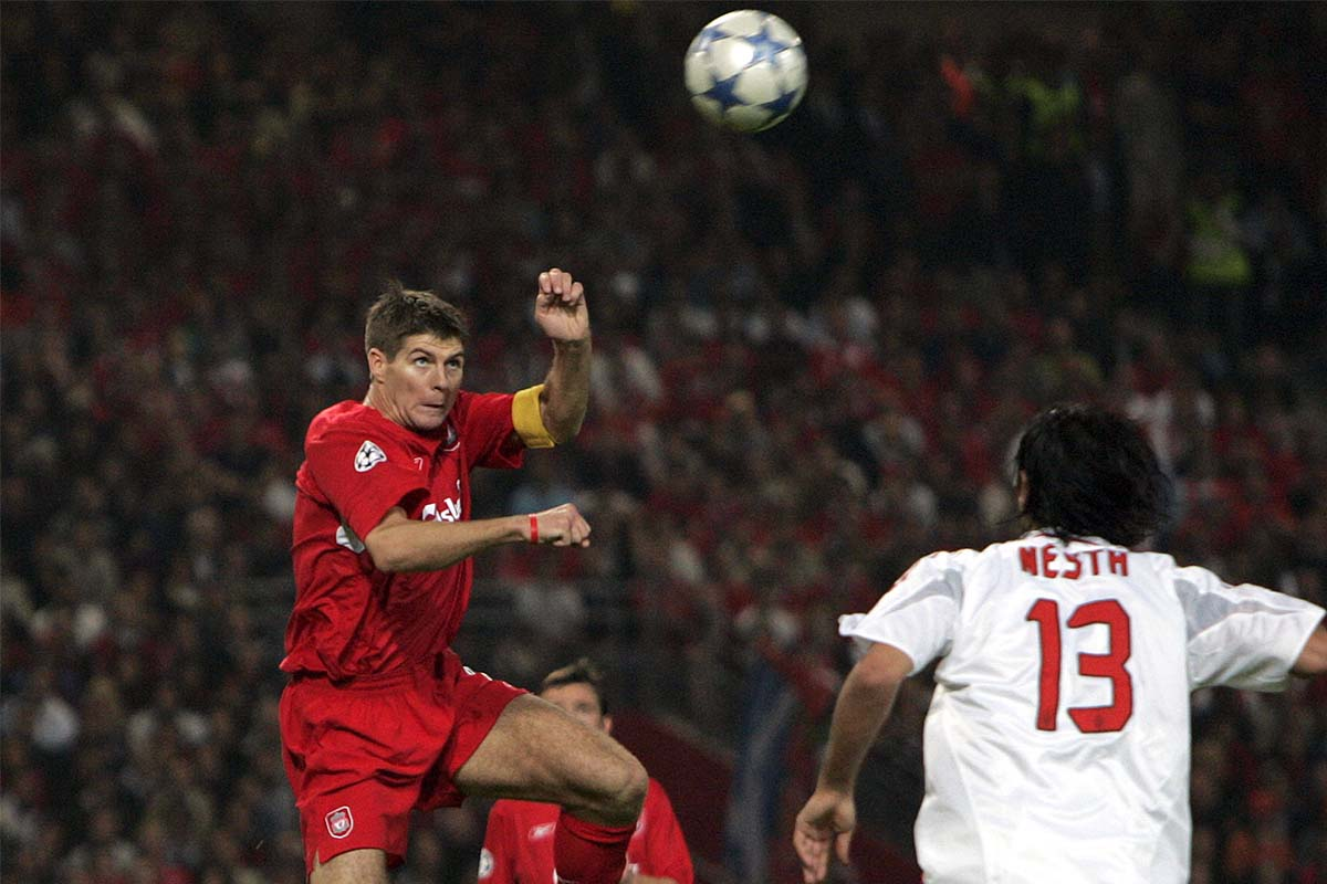 Steven Gerrard brings the score to 3-1