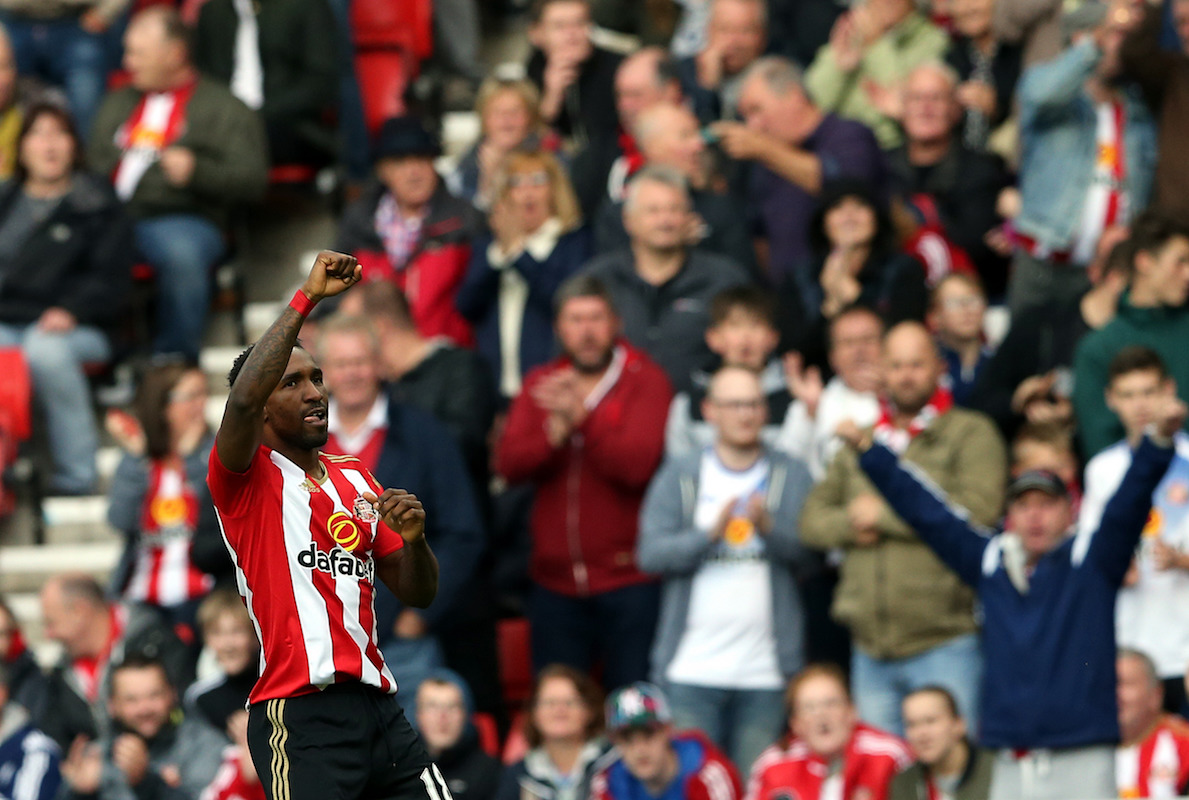Sunderland's Jermain Defoe celebrates scoring his side's first goal during the Premier League match at The Stadium of Light, Sunderland.