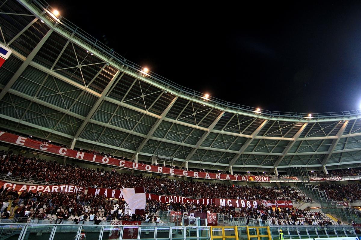 Torino-fans-stadium-Serie a