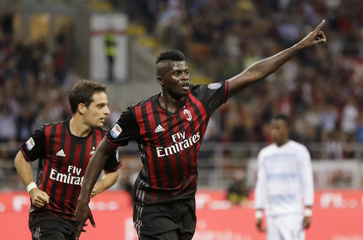 M'Baye Niang celebrating a goal with AC Milan.