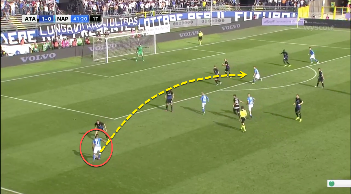 Faouzi Ghoulam crossing for Napoli