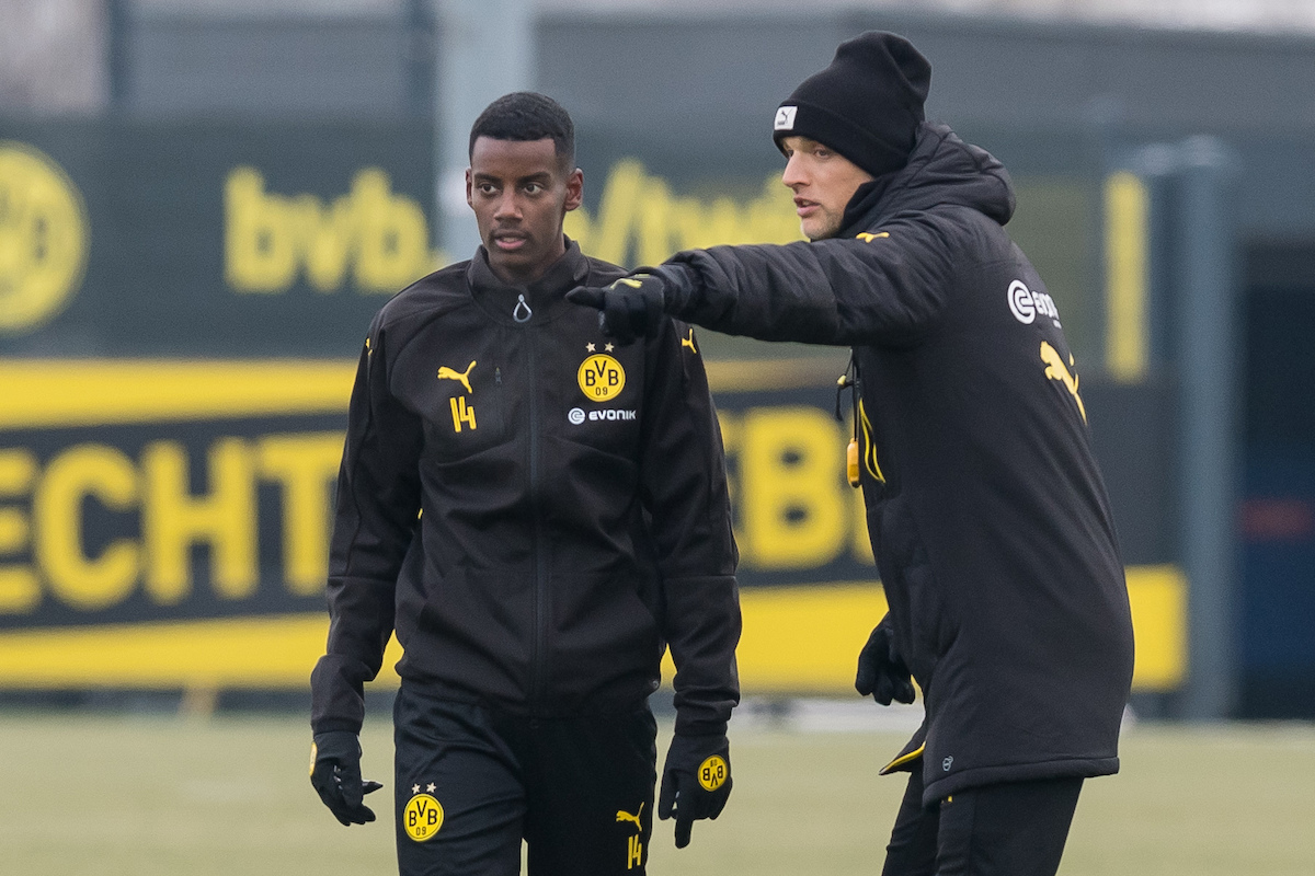Alexander Isak training with Dortmund.
