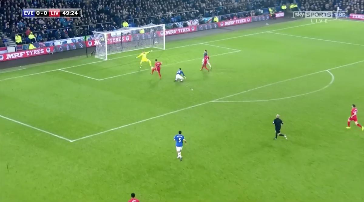Firmino-against-Everton