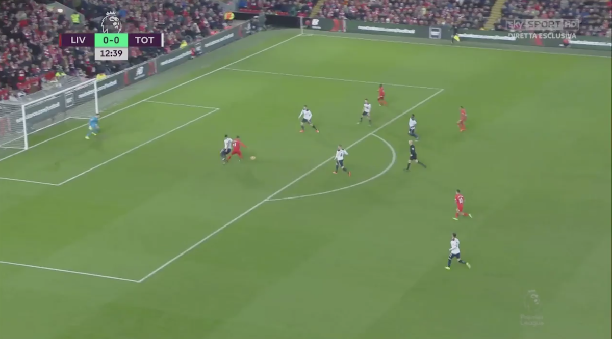 Firmino-touch-against-Spurs1