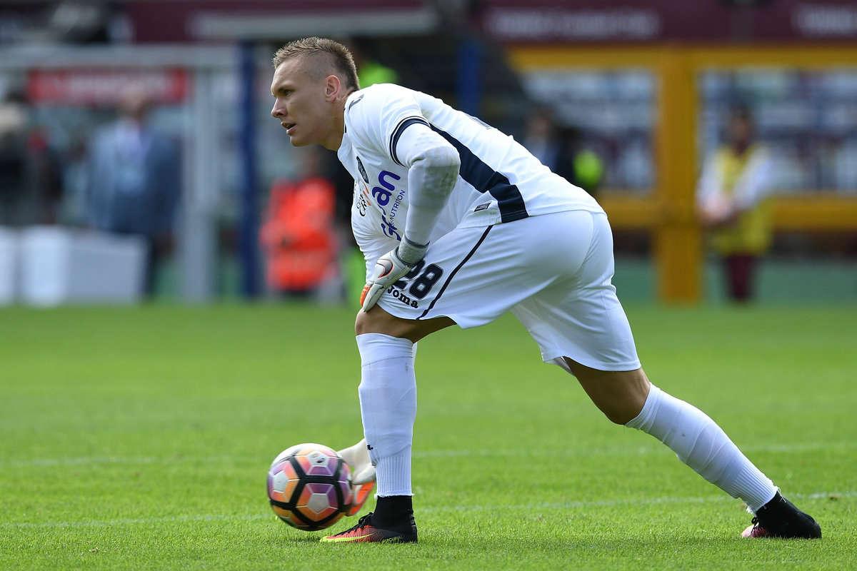 West Ham goalkeeper target Lukasz Skorupski