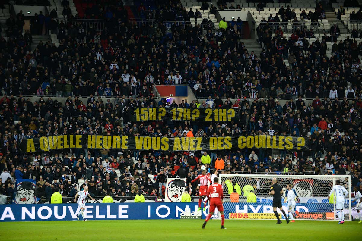 Lyon fans asking the players at what time they are going to show their 'balls'
