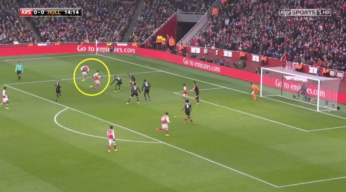 Ozil slowing down the Arsenal attack.