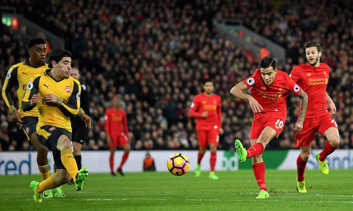 El Liverpool se impone al Arsenal (3-1) y le arrebata la cuarta plaza
